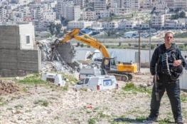 الاحتلال يهدم معرضا للمركبات وسط القدس