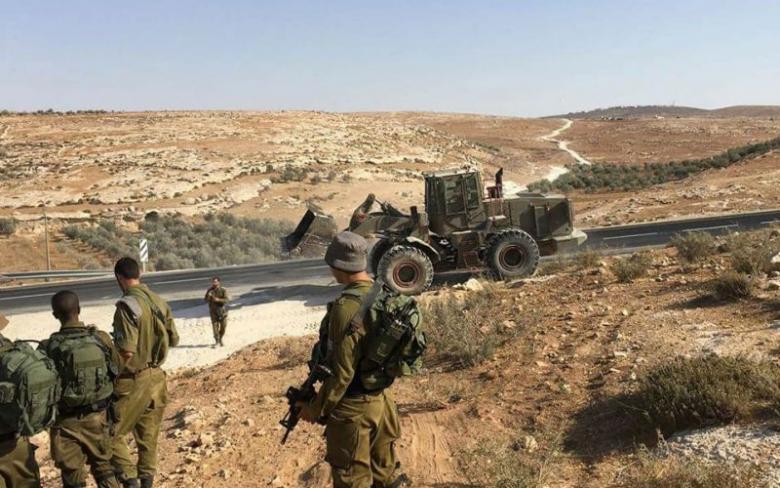 إغلاق طريق الكرمل والتواني شرق يطا