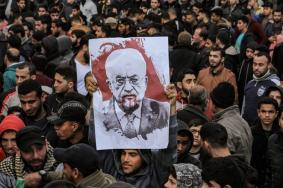 مخطط خطير يقوده عباس ضد المقاومة وغزة