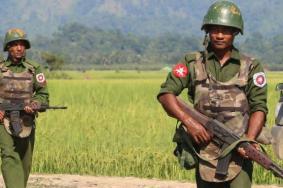 """هآرتس: """"إسرائيل"""" زودت بورما بالسلاح خلال مجازر الروهينغا"""