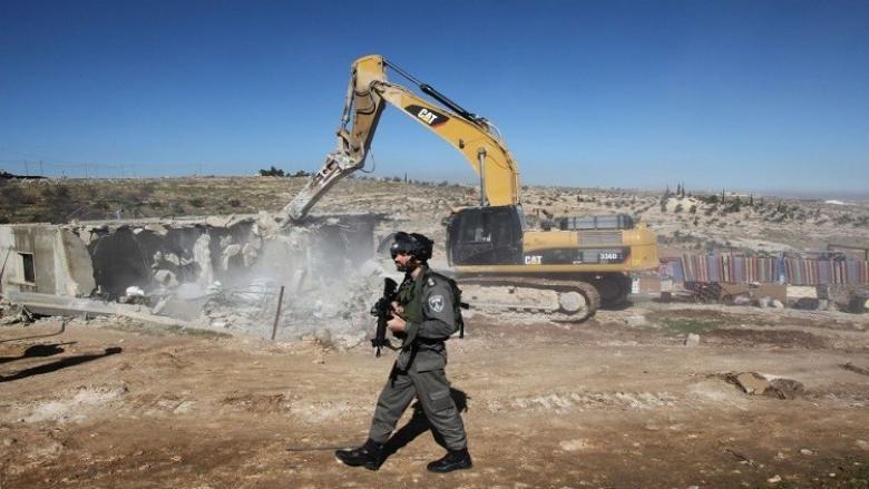 """الاحتلال يهدم قرية """"العراقيب"""" للمرة الـ180"""