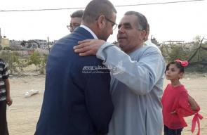 وصول د. سامي أبو زهري إلى غزة