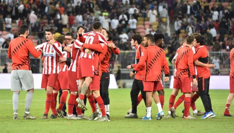 أتلتيكو مدريد يتأهل للقاء ريال مدريد في نهائي كأس السوبر