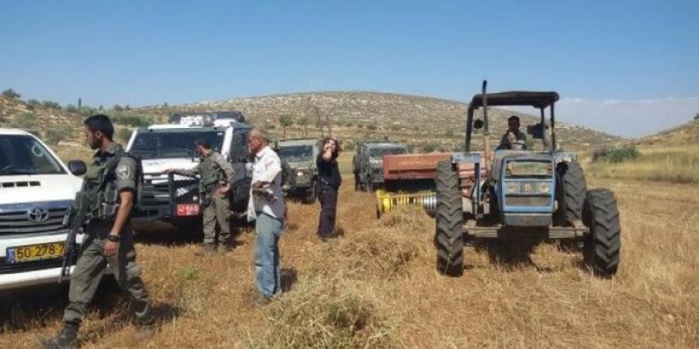 الاحتلال يستولي على مركبات وجرارات زراعية جنوب طوباس
