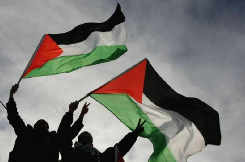 """فلسطين الأولى عربيًا بمسابقة """"أفضل المبدعين العرب بالعالم"""""""