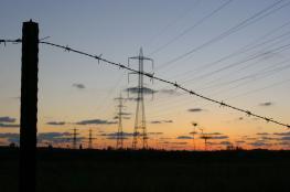 الاحتلال رفع سعر الكهرباء 4.9%.. لكن السلطة جعلتها 9%.. ففشلت