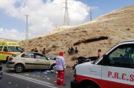 8 إصابات بحادث سير ذاتي غرب الخليل