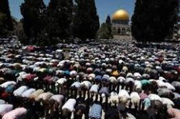 180 ألف مصلٍّ بالأقصى في الجمعة الأولى بشهر رمضان
