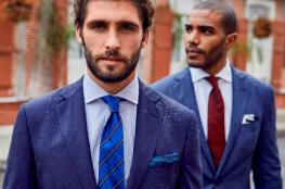 طريقة تنسيق البدلة الزرقاء مع لون القميص والكرافتة
