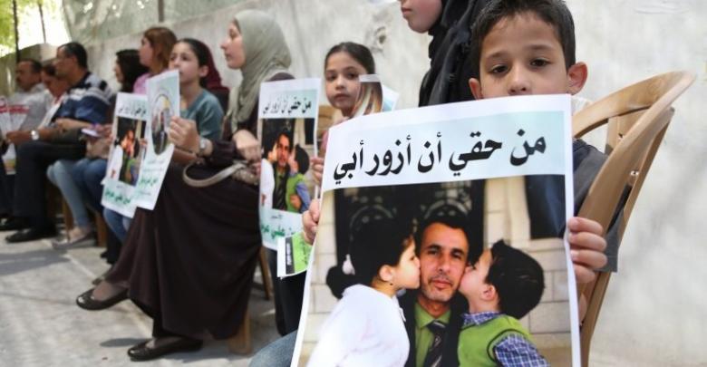 """12 من أهالي أسرى غزة يزورون أبناءهم في """"إيشل"""""""