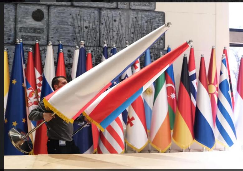 القمة الدولية في القدس تتصدر عناوين الصحف والمواقع العبرية