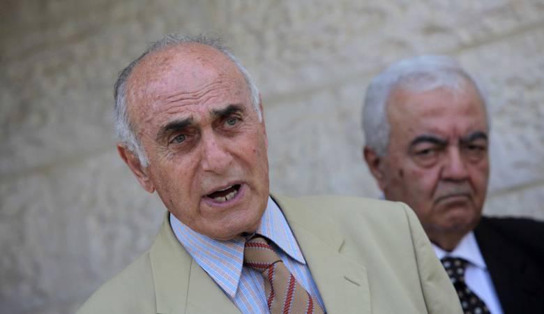 الكشف عن تفاصيل إقراض رجال أعمال 150 مليون دولار للحكومة الفلسطينية