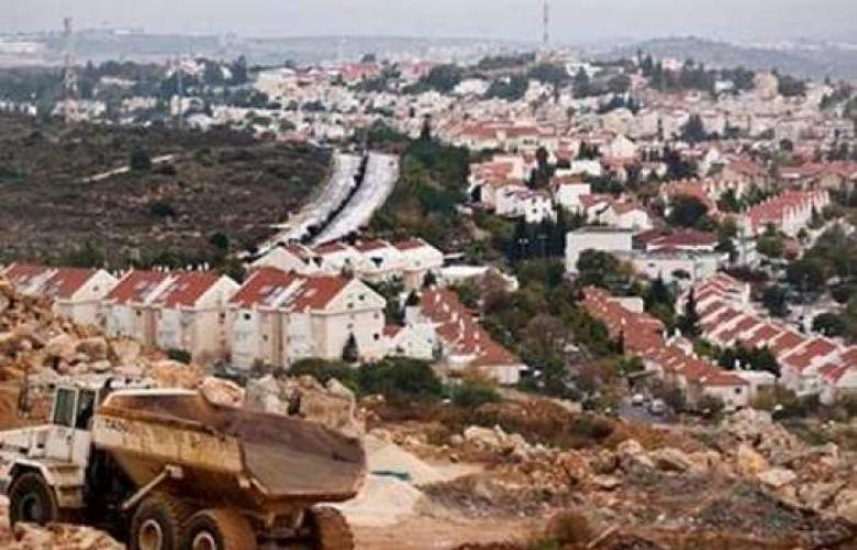 الاحتلال يشرع بمد خط مياه يربط بؤر ومستوطنات شمال رام الله