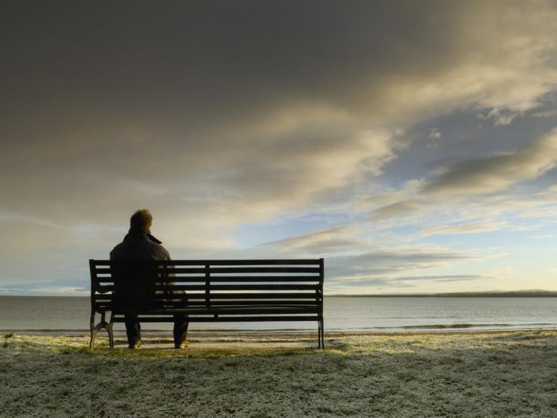 غربة الروح.. كيف نتجاوز شعور الوحدة؟
