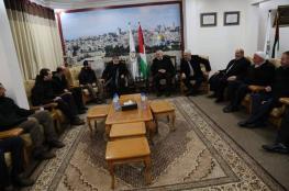 قيادة حماس تستقبل الشباب المفرج عنهم من مصر
