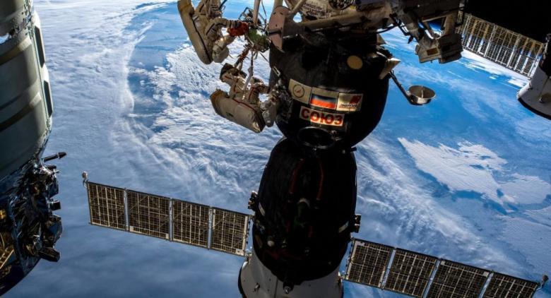 """""""روسكوسموس"""" لا تؤكد بيانات """"ناسا"""" بشأن تهديد الحطام الفضائي للمحطة الدولية"""