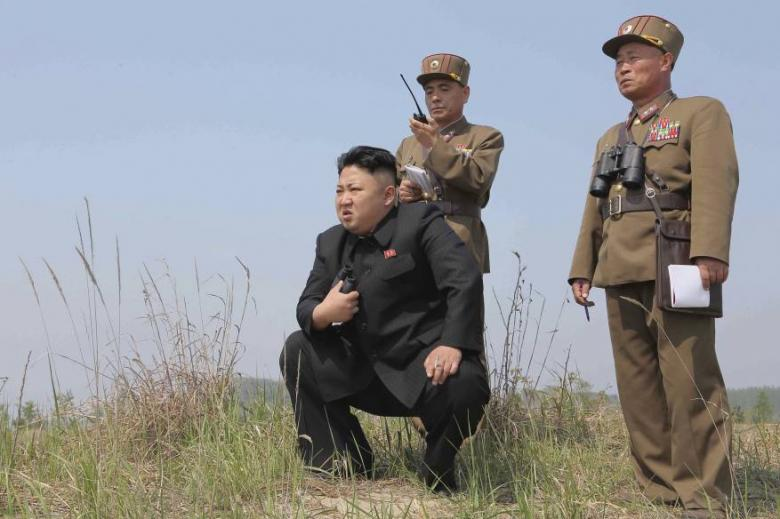 الزعيم الكوري يشرف على تدريب ضرب القواعد الأمريكية في اليابان