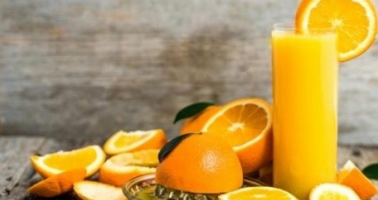 أضرار تناول عصير البرتقال في الصباح