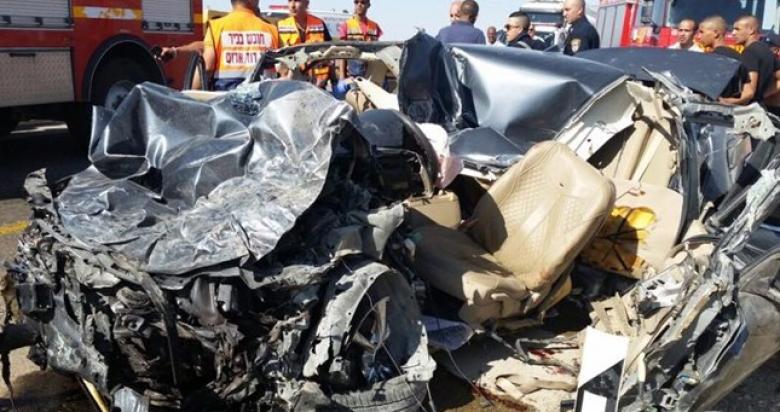 إصابة 11 مواطناً في حادثي سير بنابلس