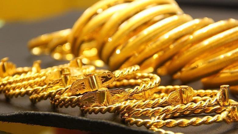 تراجع الذهب بعد بيانات حول قوة الاقتصاد الأمريكي