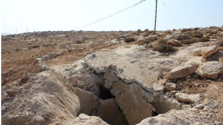 الاحتلال يهدم بئر مياه بالخليل