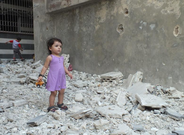 الأطفال وقود طاهر لحروب وسخة