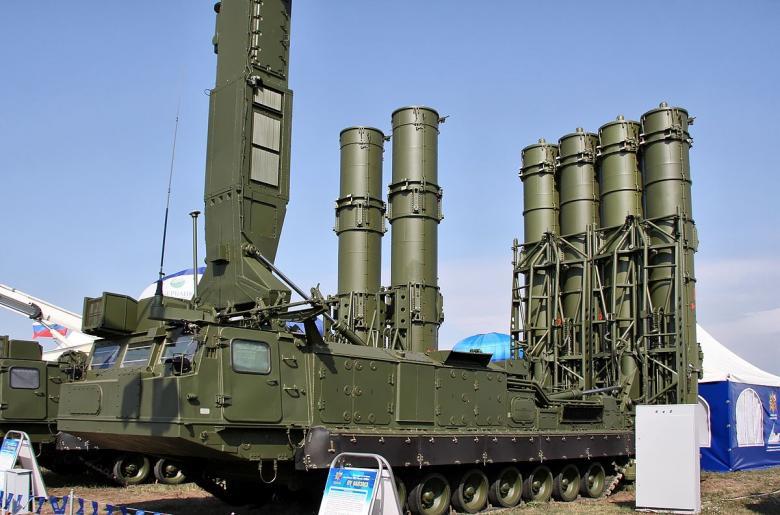 """الاحتلال يطور صاروخاً جديداً للتغلب على """"إس-300"""""""