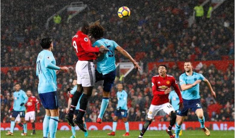 لوكاكو يقود مانشستر يونايتد لعبور عقبة بورنموث