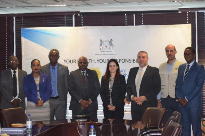 """""""بيكا"""" تنفذ برنامجًا تدريبيًا للإسعافات الأولية مع جمهورية بوتسوانا"""