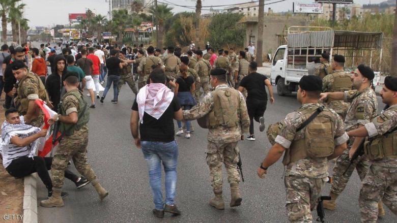 لبنان.. مقتل جنديين وإصابة 3 آخرين خلال مطادرة مطلوب أمني