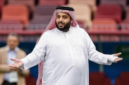 """تركي آل الشيخ يعد السعوديين بأفراح زاهرة """"حتى لو الصحه مش تمام"""""""
