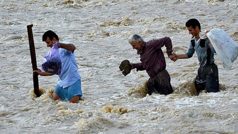 مصرع 88 شخصًا جراء الفيضانات في جنوب آسيا