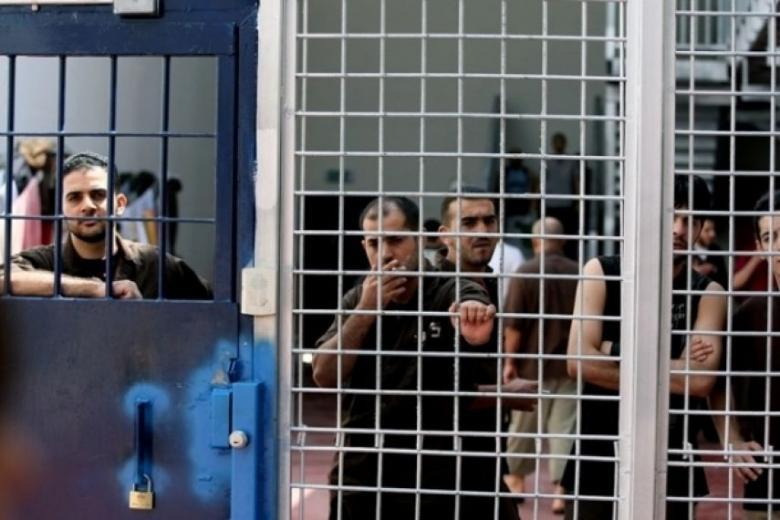 """""""الإعلام"""": 17 نيسان نداء الحرية لأسرانا"""