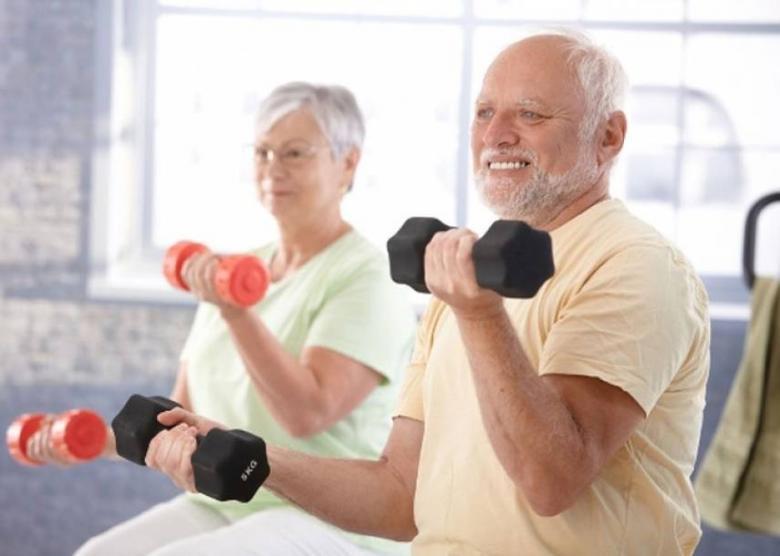 الرياضة تكافح الاكتئاب لدى كبار السن