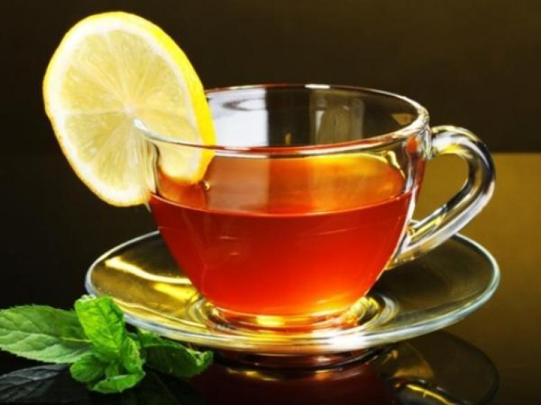 الشاي يحمي النساء من الزهايمر!