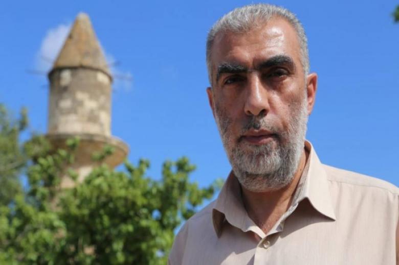 نشطاء مواقع التواصل يتضامنون مع الشيخ كمال خطيب