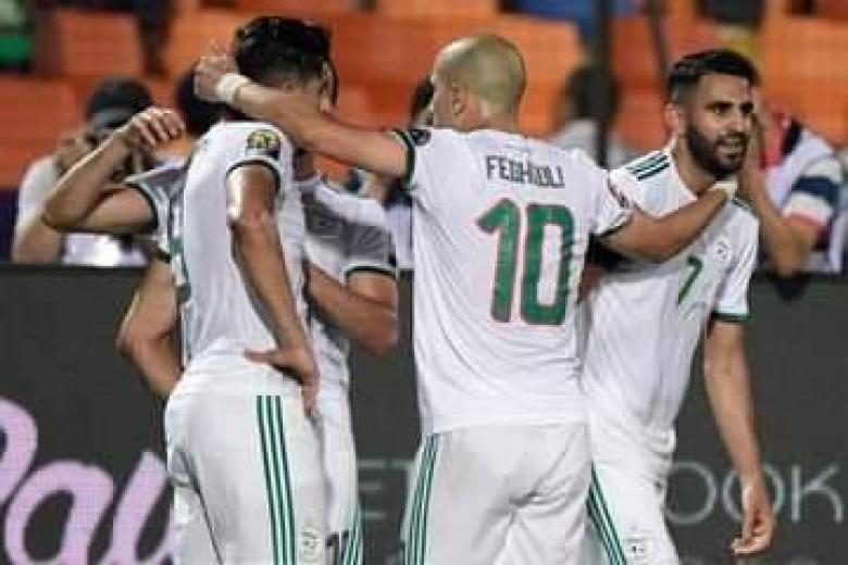 هدف قاتل يقود الجزائر للنهائي الأفريقي
