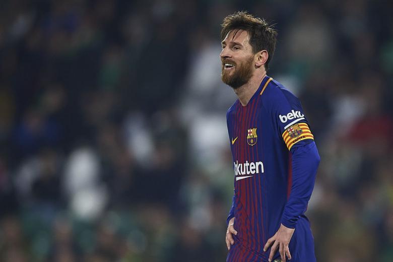 برشلونة ينفي التجديد لميسي