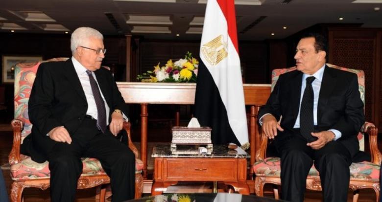 عباس ينعي الرئيس المصري الأسبق محمد حسني مبارك