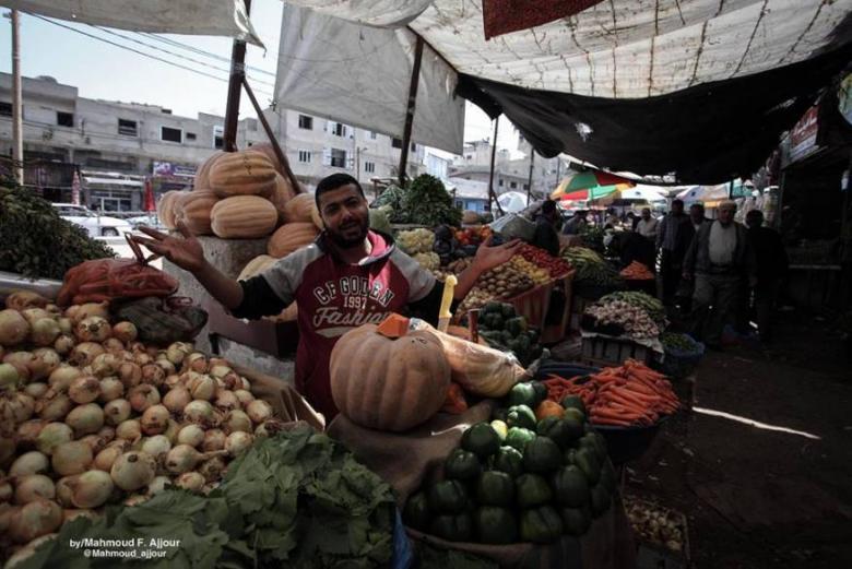 أسوق غزة فقدت نصف مليار دولار من سيولتها النقدية