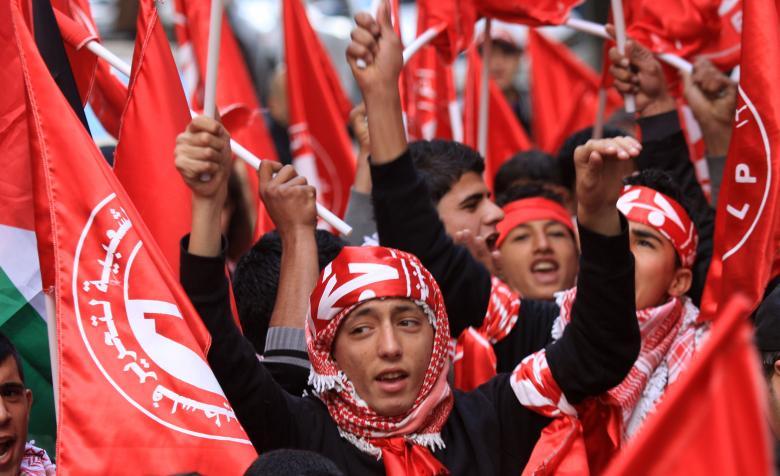 الشعبية تهاجم فتح لمشاركة نوابها بلقاءات تطبيعية