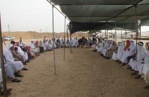 جلسة الوجهاء والمخاتير في خيمة العودة شرق المحافظة الوسطى