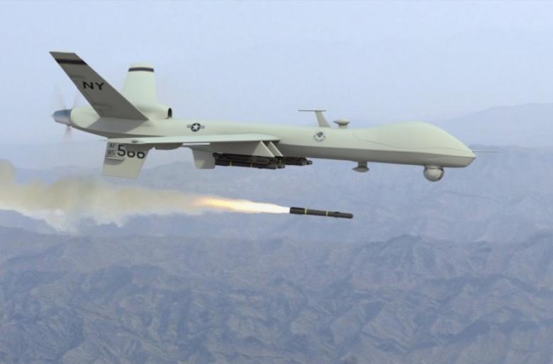 طائرة مسيّرة تستهدف قافلة قرب الحدود السورية العراقية