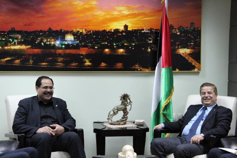 وزيرا التربية والصحة يعلنان عدم ترخيص أية كلية للطب بفلسطين