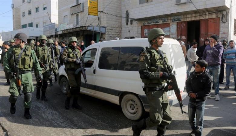 حماس: أمن السلطة يعتقل 7 مواطنين