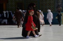 آباء يبيعون بناتهم في أفغانستان