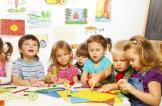 موظفو روضة يعذبون الأطفال بطعام حار وحبوب منومة