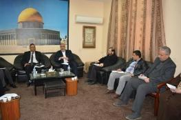 غازي حمد يعقد أول اجتماع بعد تعيينه وكيلا لوزارة التنمية الاجتماعية