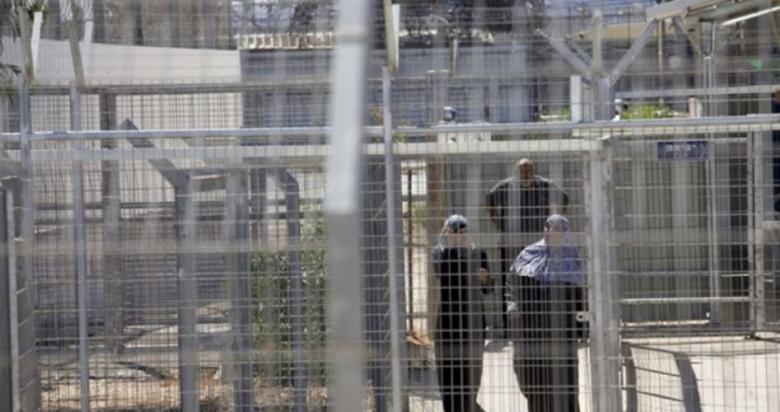 تمديد توقيف الأسيرة صفاء أبو حسين 8 أيام