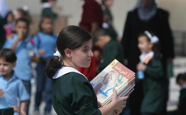 """""""التعليم"""" بغزة تصدر بيانًا """"هامًا"""" حول الداوم المدرسي غدًا"""